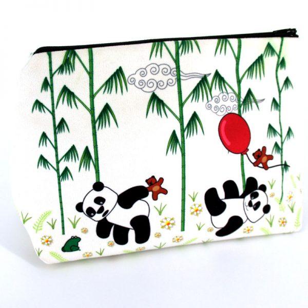 GT-1656 - Grande Trousse Panda Blanche (une fois cousue, face avant)