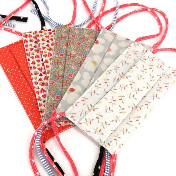 Masques Barrière en Tissu, Lot de 10 Pièces Taille Adulte, Imprimés Variés, Tons Corail